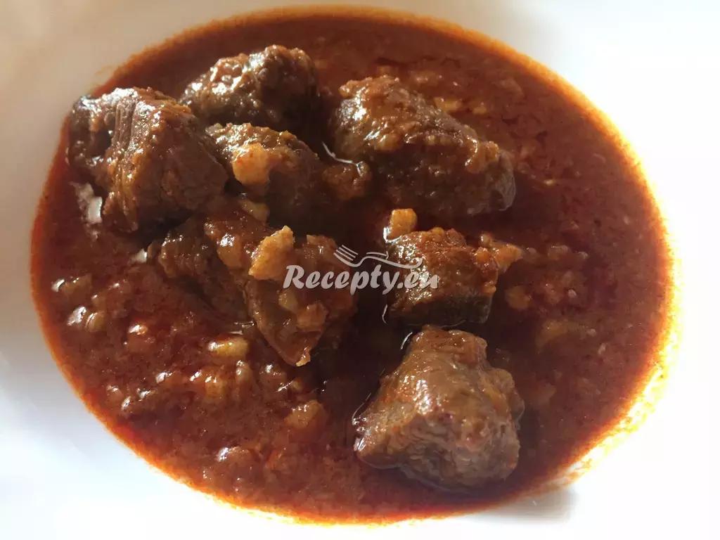 Sladovnický guláš recept  hovězí maso