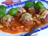 Zapékané karbanátky s houbovo rajčatovou omáčkou recept ...