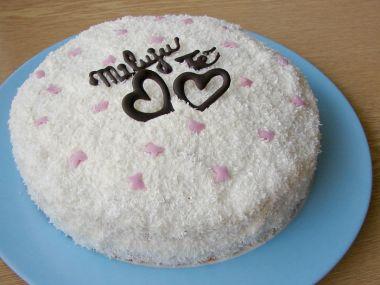 Kokosový dort se šlehačkou