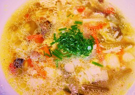 Zeleninovo- rýžová polévka v drůbežím vývaru recept