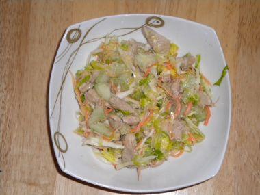 Můj salát s kuřecími kousky