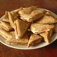 Křupavé toustové sendviče recept
