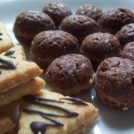 Plněné čokoládové ořechy recept