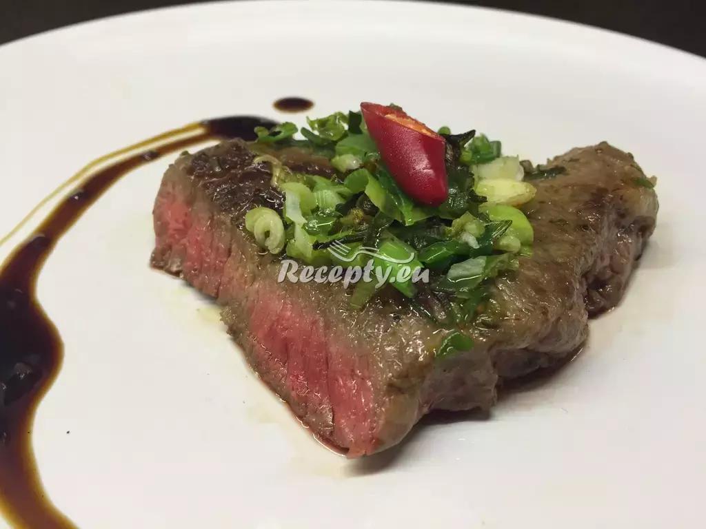 Steak z divočáka naloženého v rumu recept  zvěřina