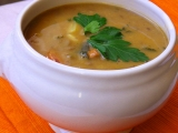Čočková polévka s paprikovým krémem a čubricou recept ...