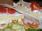 Plněný Camembert s bylinkami a lososem recept