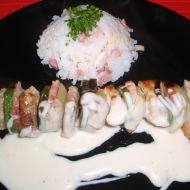 Vepřové špízy s mandlovou rýží recept