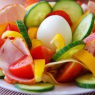 Obložený talíř s vejcem recept