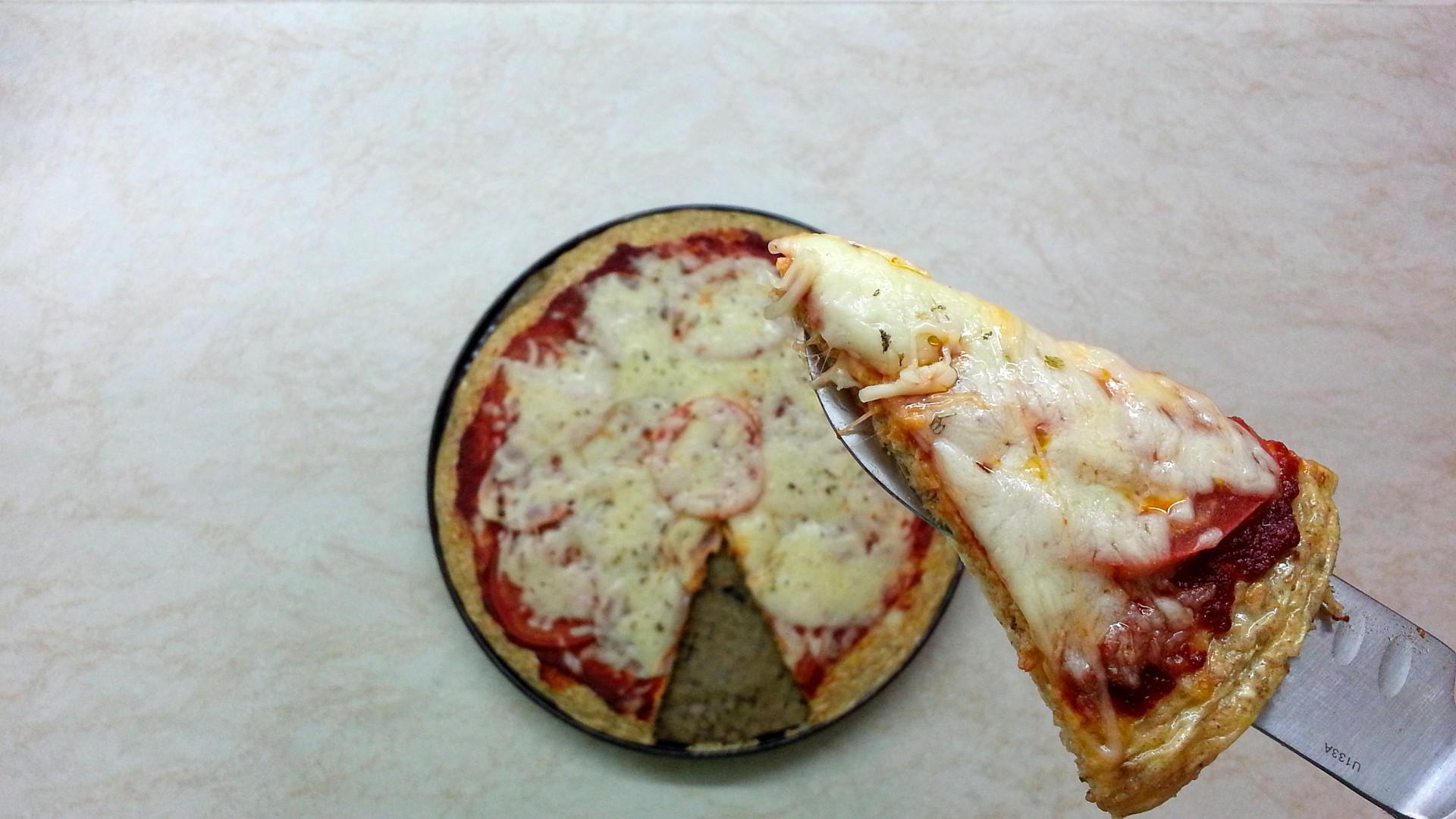 Zdravá pizza (tvarohovo-ovesná) recept