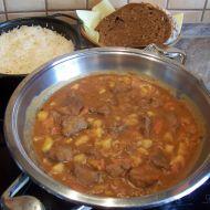 Dušené jelení maso s brambory recept