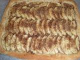 Rychlý jablkový koláč s obrubou recept