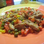 Krůtí nudličky na zelenině recept