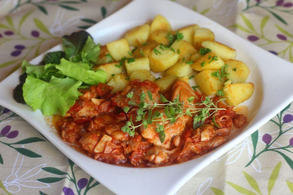 Kuřecí pánev s rajčaty recept