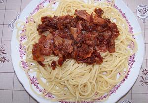 Špagety se šunkou
