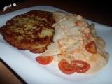 Treska na rajčatech a smetaně s bramboráčky recept