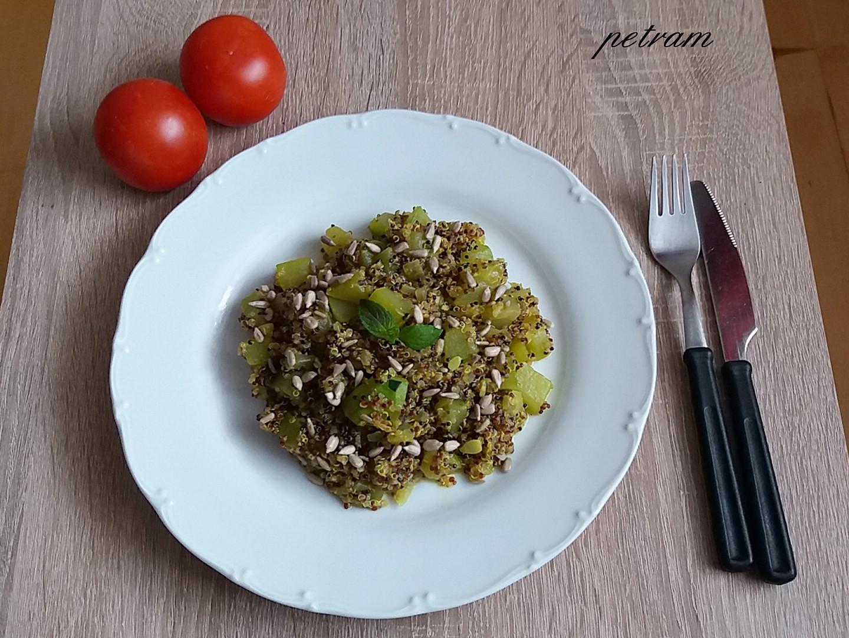 Cuketa s quinoou na kari recept