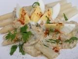 Vajíčka s chřestovo  žampionovou omáčkou recept