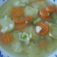 Květáková polévka s brokolicí, mrkví a ravioli recept