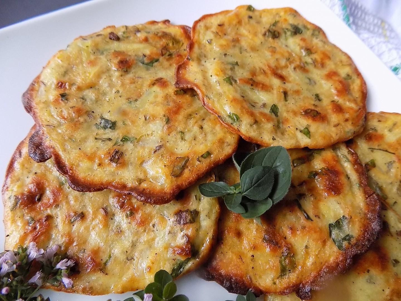 Bylinkové bramboráky z trouby recept
