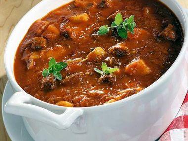 Domácí gulášová polévka