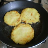 Bramborové placky ze studených brambor