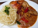 Kuře na rajčatech a žampionech recept