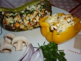 Zapečené papriky ze šmakounem a žampióny recept