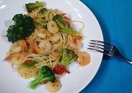Krevety s brokolicí a špagetami recept
