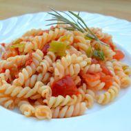 Rychlé těstoviny s rajčaty recept