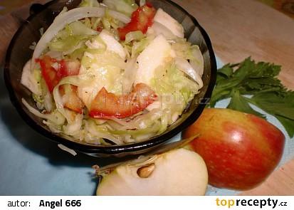 Zelný salát v letní variaci recept