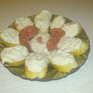 Dip z česneku a modrého sýra recept
