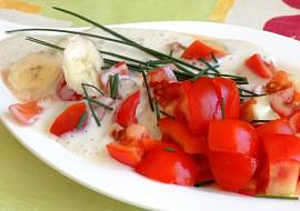 Rajčatový salát s banánovou zálivkou recept