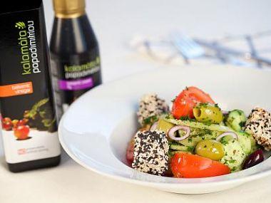 Řecký salát s balsamicovým octem