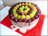 Dort s čokodestičkami a ovocem recept