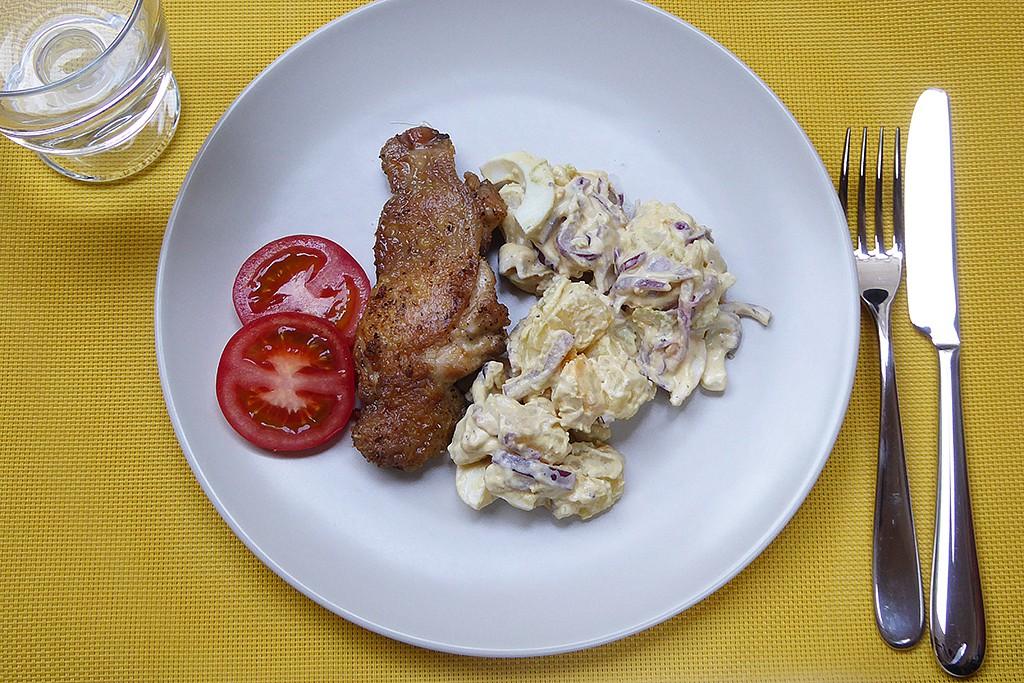 Rozmarýnové kuře s bramborovým salátem recept