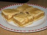 Křehký jablkový řez recept