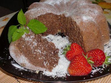 Tvarohovo  kokosová bábovka s kakaem