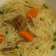 Poctivá hovězí polévka s nudličkami recept
