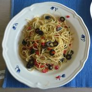 Špagety aglio olio e peperoni recept