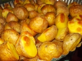 Pečené brambory s bylinkami, uzenou paprikou a pivem recept ...