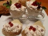Nejlepší česneková pomazánka s brusinkami na jednohubky recept ...
