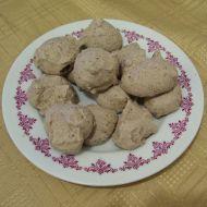 Sněhové čokoládové pusinky recept