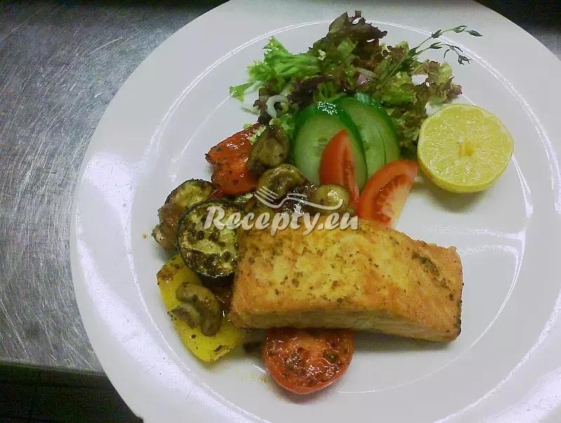 Opečený losos s grilovanou zeleninou recept  fitness recepty ...