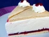Tvarohovo-šlehačkový dort s brusinkami recept