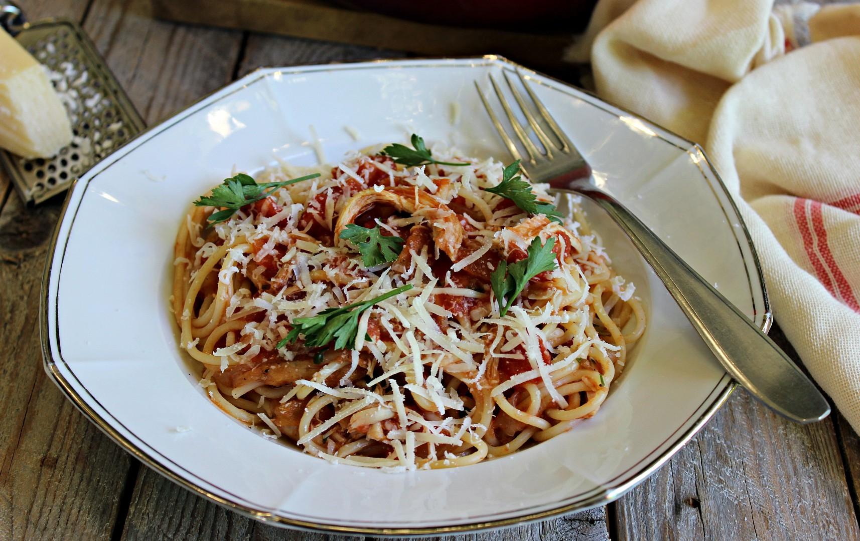 Kuřecí ragú s těstovinami recept