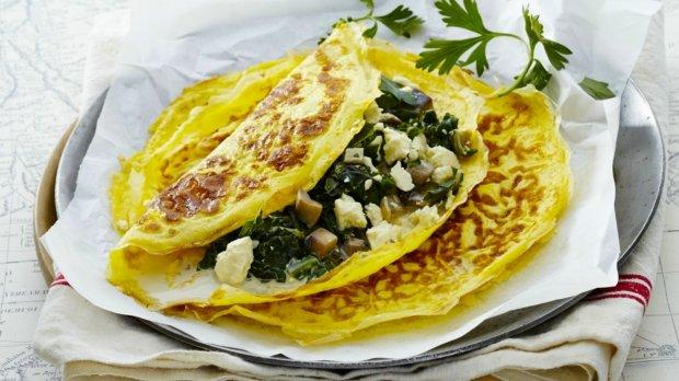 Omeleta se špenátem a fetou