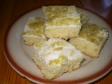 Hrnkový koláč s rebarborovým tvarohem recept