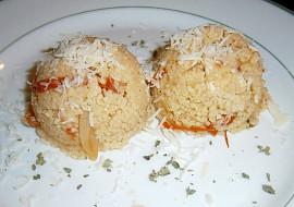 Kuskus se sušenými rajčaty a kuřecím masem recept