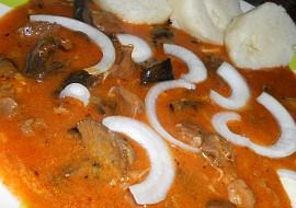 Guláš z kuřecích žaludků a václavek recept