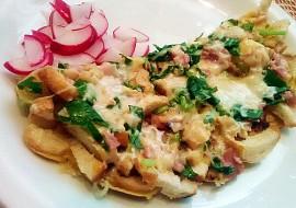 Rohlíková omeleta s medvědím česnekem a šunkou recept ...